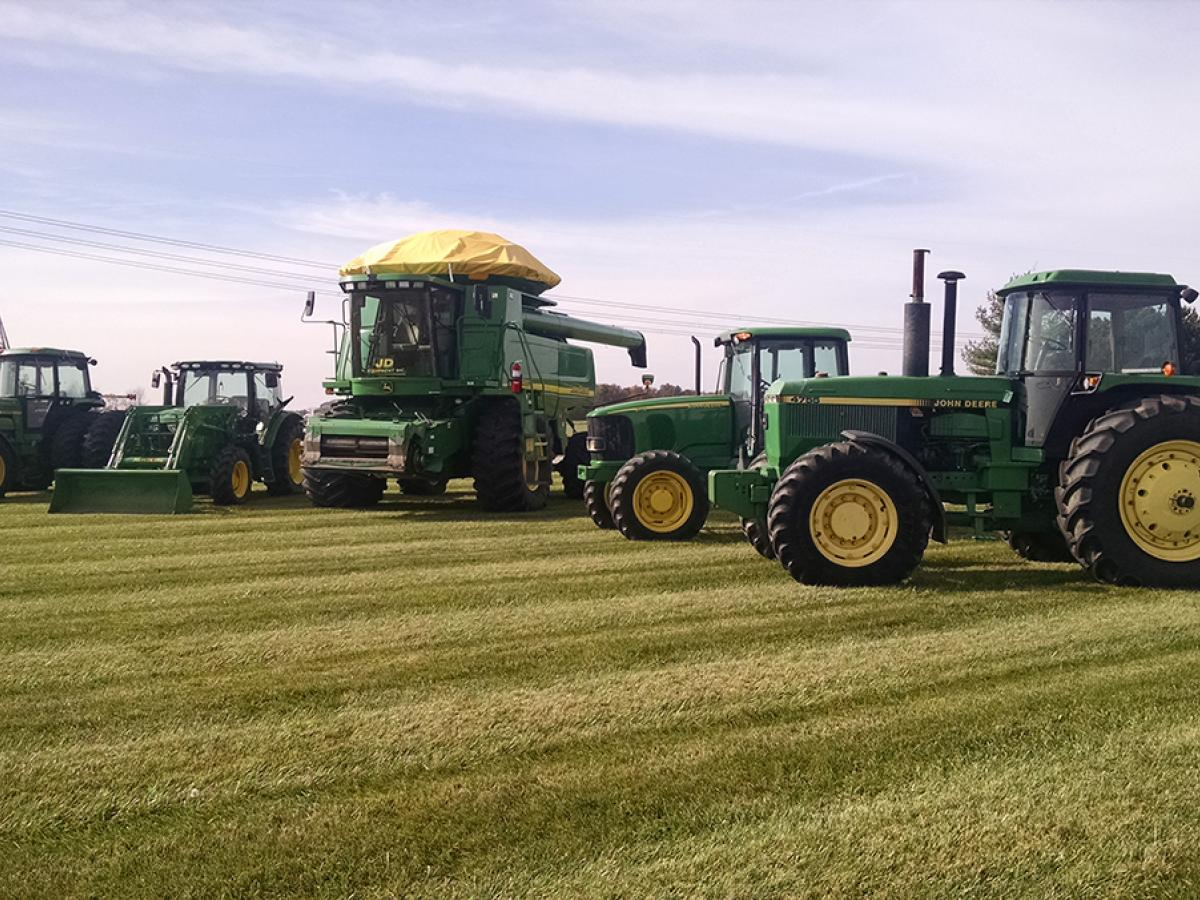Auctions In Ohio >> JD Equipment - Ag Equipment Auction | The Wendt Group, Inc. | Land and Equipment Auctions ...