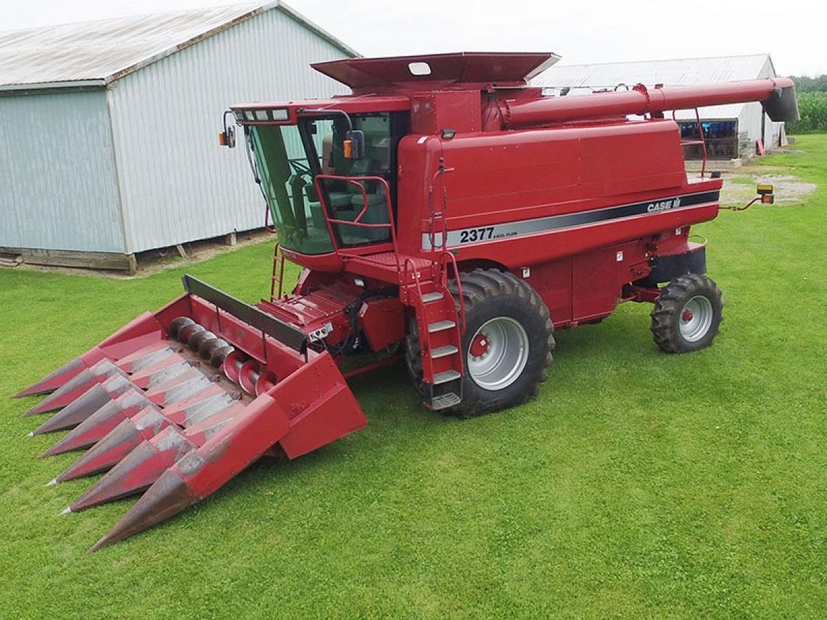 Farm Machinery And Equipment : Lensman farm equipment auction the wendt group inc